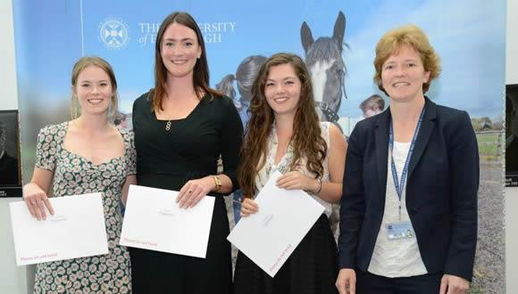 Students from The Royal (Dick) School of Veterinary Studies